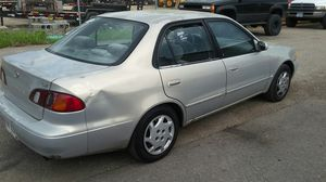2000 Toyota corolla (183,000) for Sale in Columbus, OH