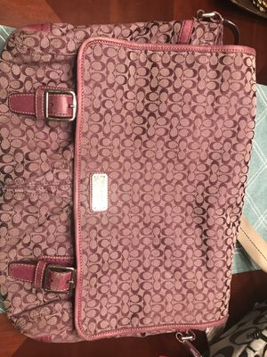 Coach messenger/laptop bag plum color for Sale in NEW CUMBERLND, PA