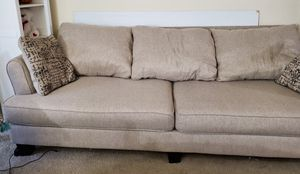 Large Sofa w/ 2 pillows for Sale in Hillsboro, OR