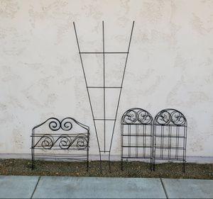 8 piece Metal Garden Yard Art - Lattice & Fencing for Sale in Goodyear, AZ