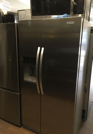 Kitchen Aid Side By Side Fridge for Sale in Los Angeles, CA
