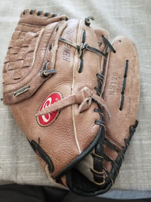 "12"" Rawlings baseball glove broken in for Sale in Norwalk, CA"