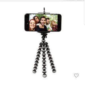 Tripod Selfie (ReTrak) and More With Bluetooth Remote for Sale in Manassas, VA