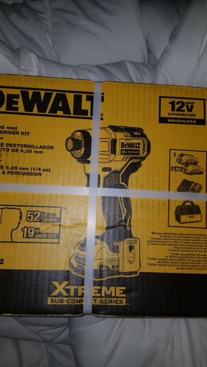 Dewalt 12v xtreme series 1/4 impact driver kit for Sale in Citrus Heights, CA