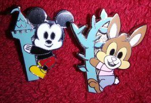 Disney Parks Pals Pins for Sale in Los Alamitos, CA