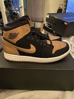 "Air Jordan 1 ""Melo"" Retros for Sale in Tempe, AZ"