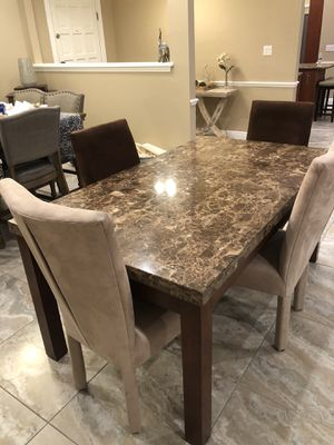 Dining Room Table for Sale in Lake Mary, FL