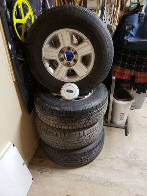 17 inch Radial Tires off Ford F 150 Truck for Sale in Palm Valley, TX