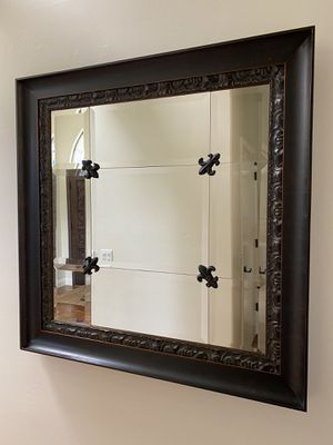 """Beautiful 46"""" x 46"""" mirror in excellent condition for Sale in San Diego, CA"""