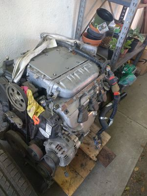 02 Acura tl J32A1 engine parts and more for Sale in Whittier, CA