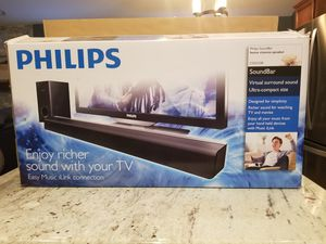 Philip's CSS2123 soundbar w/ wireless sub and remote for Sale in Washington, IL