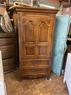 Vintage antique country French armoire cabinet century furniture pick up or delivery la Mesa for Sale in San Diego,  CA