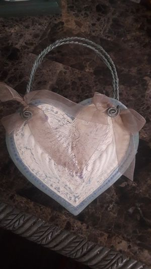 shabby chic metal heart hanging letter box for Sale in Las Vegas, NV