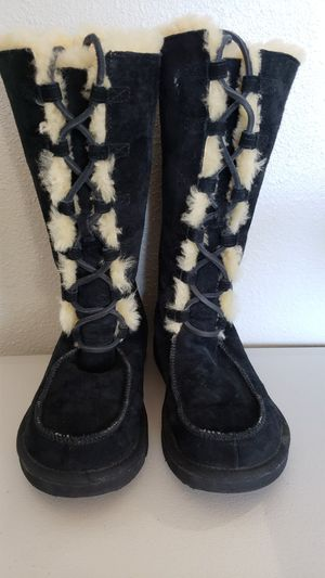 Uggs ladies boots size 7 for Sale in Houston, TX