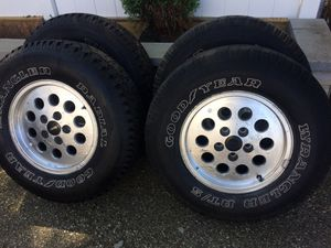 A set of Jeep Wrangler used wheels and tires for Sale in Pawtucket, RI