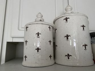 Kitchen canisters for Sale in Alexandria,  VA