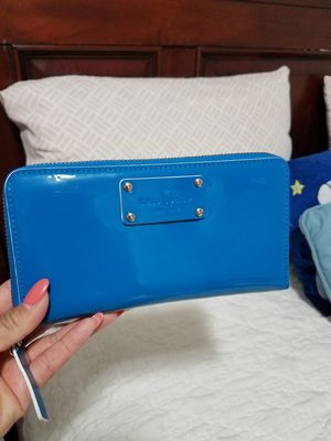 Kate Spade wallet for Sale in Chicago, IL