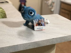 Straight from Disneyland Frozen 2 -Salamander for Sale in Fresno, CA