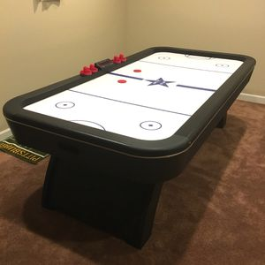 Air Hockey Table from Pool City for Sale in Belle Vernon, PA