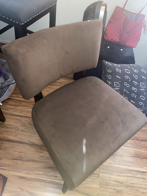 Suede Chair for Sale in Los Angeles, CA
