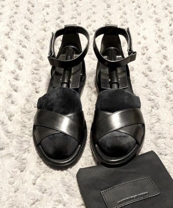 Women's Alexander Wang Paid $520 size 40 (10) Great condition! Talis flat black soft leather sandals. These minimalist Alexander Wang sandals are des