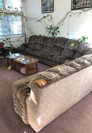 Extra Large sectional couch for Sale in Vallejo, CA