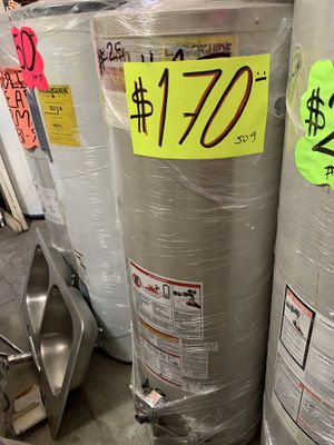 Water heater 40 galones 3 meses de garantía for Sale in Vernon, CA