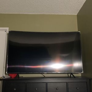 Samsung 65 Inch Curved TV for Sale in Spring Valley, CA