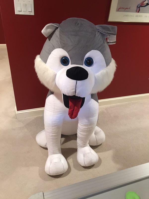 Oversized stuffed Husky Dog