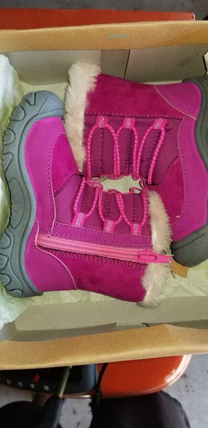 M.A.P Kids Coralie Girl's Outdoor Snow Boots for Sale in Portsmouth, VA