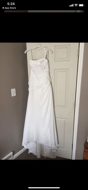 Wedding Dress for Sale in Beaver Falls, PA