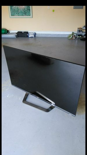 $49 LG 55 inch HD flat screenTV for Sale in Loxahatchee, FL