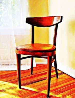Wooden Shelby Williams Industries MCM chairs (4) with leather seat cushion. for Sale in Sparks, MD