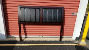 Like new espresso queen size bed frame for Sale in Greensburg, PA