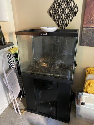 Fish tank and stand for Sale in Concord, CA