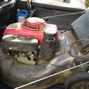 Hidrostatic Honda Lawn Mower Comercial for Sale in Jurupa Valley, CA