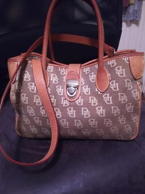 Dooney&Bourke purse for Sale in Fort Worth, TX