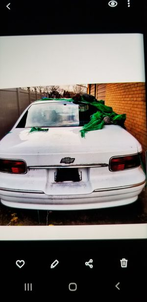 Smashed 95 9c1 chevy caprice for Sale in Plainfield, IL