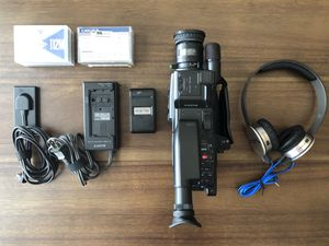 Sony CCD-F35 Handycam Video 8 Camera + Sol Republic HD V10 Headphones With Mic for Sale in Houston, TX