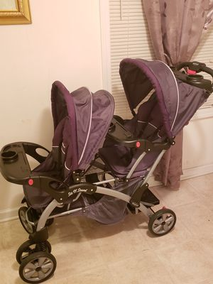 Double Stroller for Sale in Columbia, SC