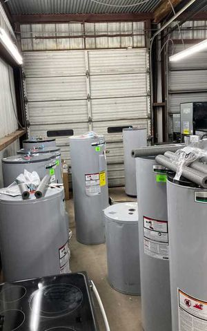 Gas and electric water heaters OMT5 for Sale in Houston, TX