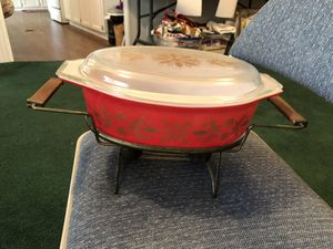 RARE 1961 Vintage Pyrex Golden Poinsettias Buffet Server with Warmer for Sale in Houston, TX