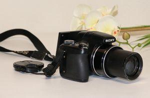 Sony Compact Digital Camera Dsc-Hx1 for Sale in Houston, TX