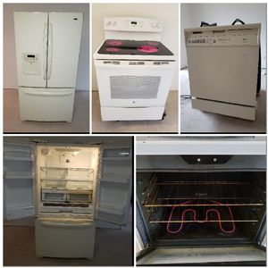 Appliances refrigerator dishwasher and Range for Sale in Davie, FL