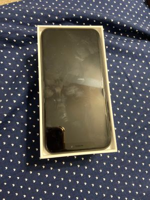 IPhone XR 64 GB for Sale in East Windsor, NJ