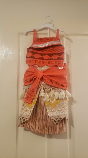 Moana Costume size 3 T for Sale in Long Beach, CA