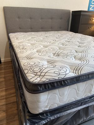 Grey queen upholstered bed wth pillowtop matress 🎈🎈🎈🚚 for Sale in Fresno, CA