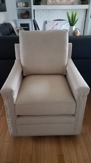New accent chair for Sale in Roselle, IL