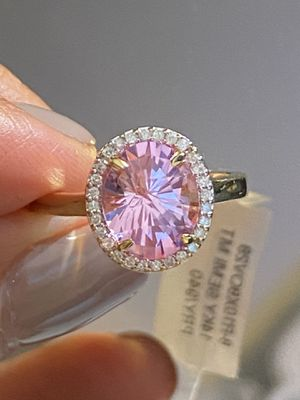 14 k yellow gold 10x8mm oval Brilliant cut Pink Quartz with Diamond ,Ring size 7 for Sale in New York, NY