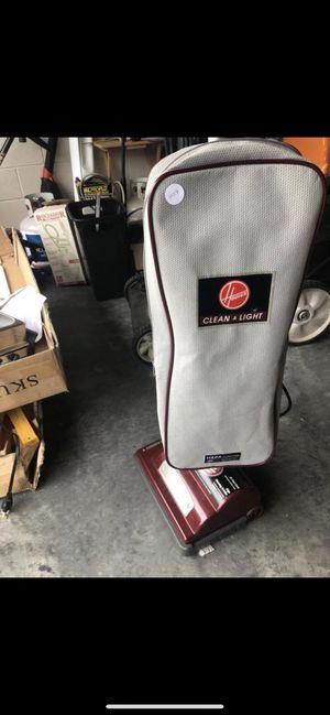 Hoover classic vacuum for Sale in Orlando, FL